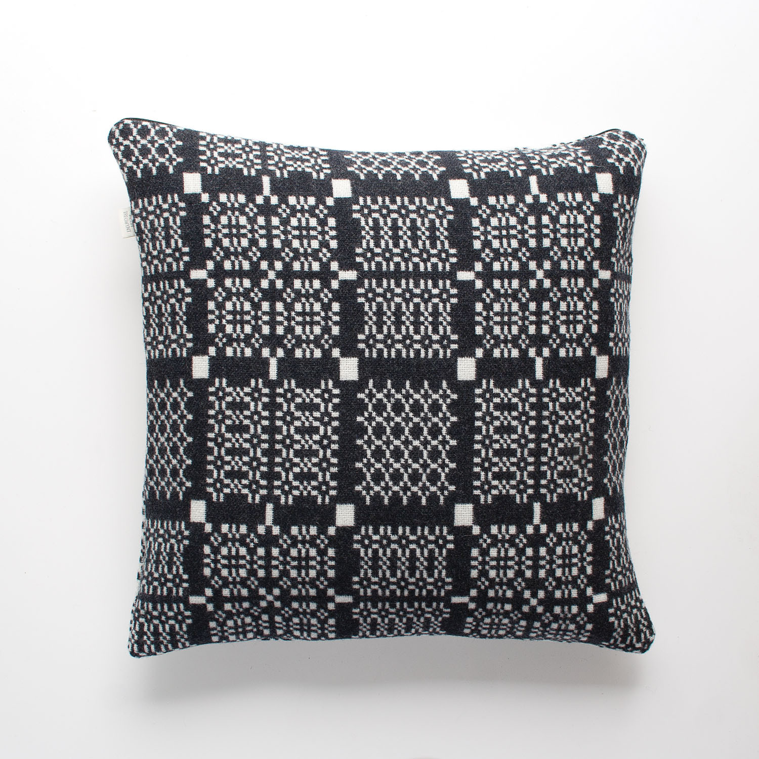 Knot Garden graphite cushion