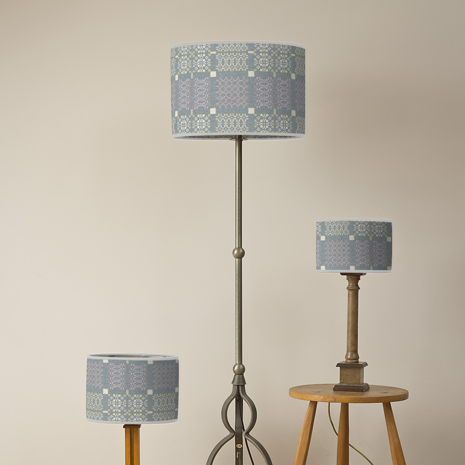 Knot Garden topaz oval lampshades