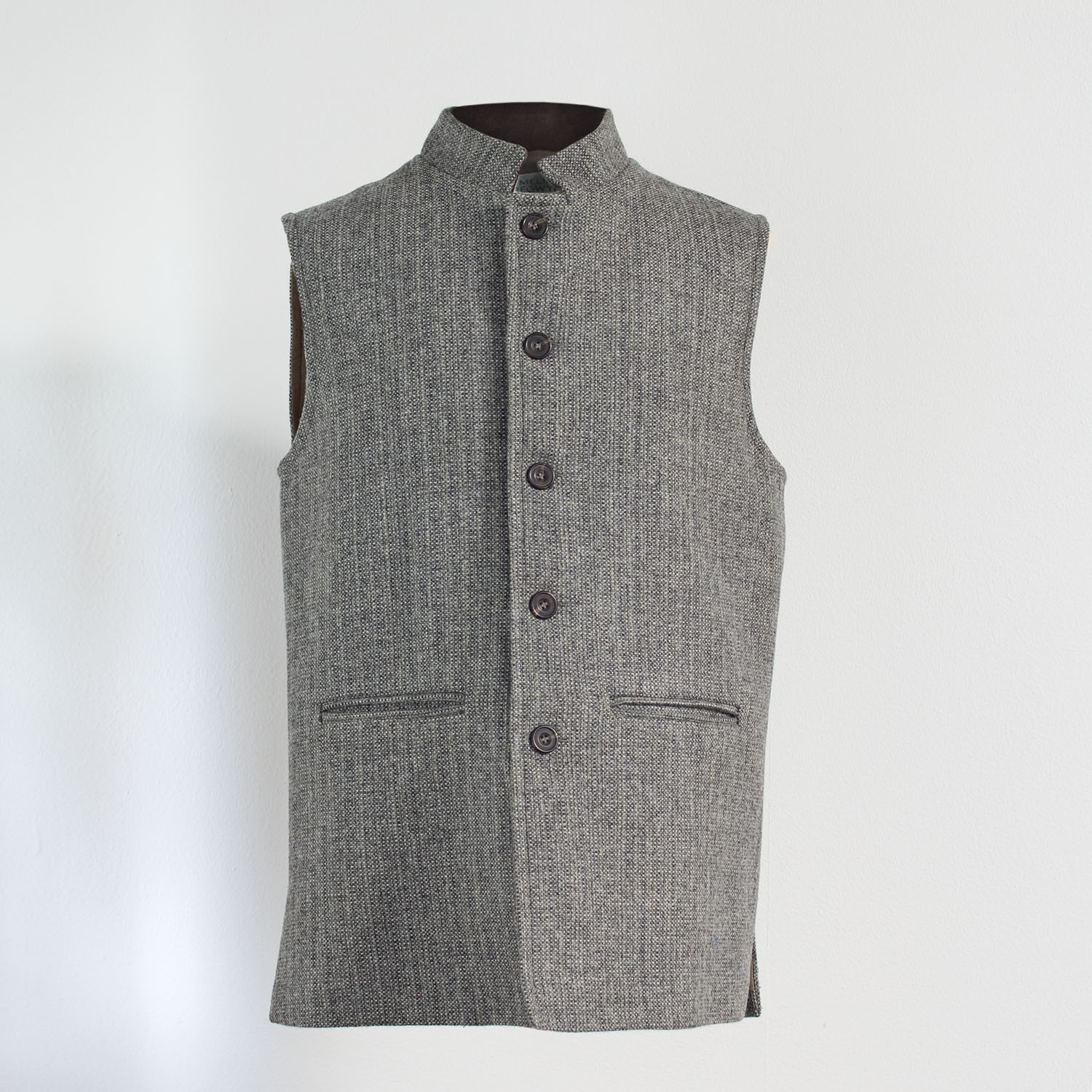 Semiplain stone Nehru sleeveless jacket