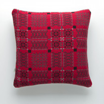 Knot Garden Jemima red cushion