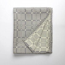 Knot garden grey throw