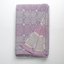 Knot Garden lilac baby blanket