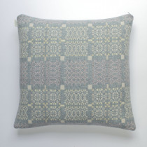 Knot Garden topaz cushion