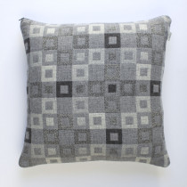 Madison steel cushion