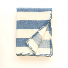 Broadstripe throw & blankets Blue