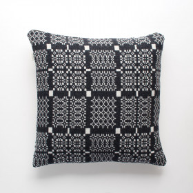 Knot-Garden Cushion Graphite