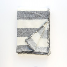 Broadstripe throw & blankets Grey