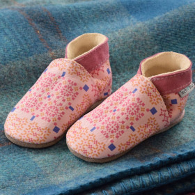 Inch Blue Baby slippers Rose