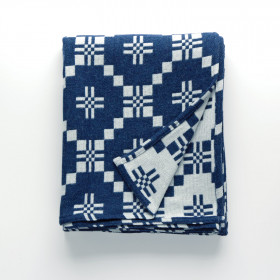 St Davids Cross throw & blankets Indigo
