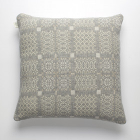 Knot-Garden Cushion Silver