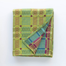 Knot Garden throw & blankets Green