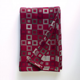 Madison throw & blankets Berry
