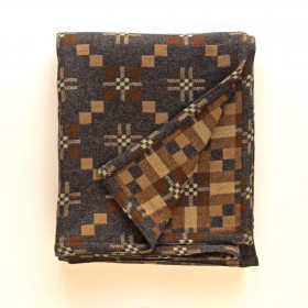 St Davids Cross throw & blankets Slate