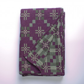 St Davids Cross throw & blankets Sloe