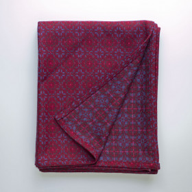 Vintage Rose throw Red Berry